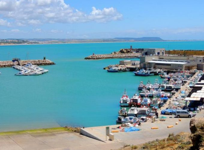 Capitan Charter te ofrece el mejor alquiler de barcos de pesca deportiva para que pases una aventura de pesca inolvidable, alquiler barco de pesca en España